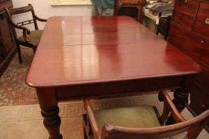 Cedar 2 leaves extension table