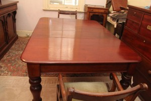 Cedar Two leaves extension table a