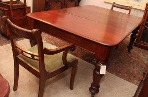 Cedar Two leaves extension table c