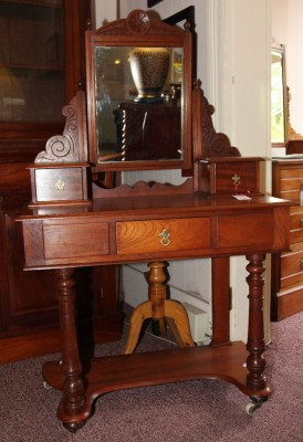 Cedar Dressing Table
