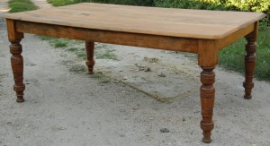 fed pine table